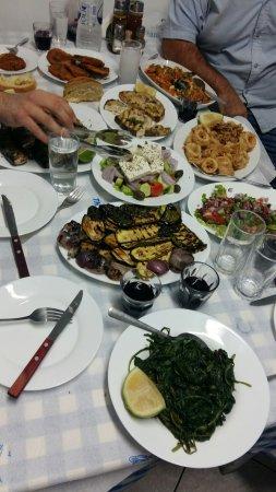 Livadia, Grecia: 20171102_200546_large.jpg