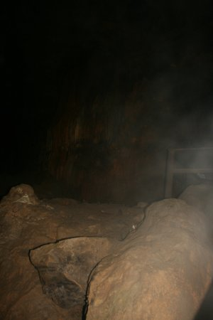 Lost World Caverns : view inside cave