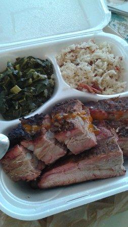 Сеффнер, Флорида: Amazing Smoked Rib Dinner!!!