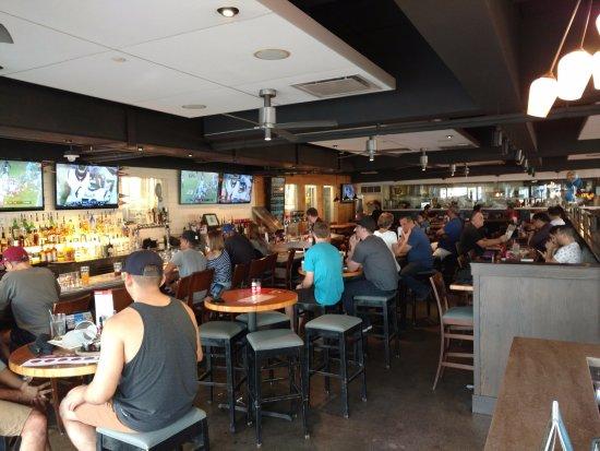 Rock Bottom Restaurant Brewery Long Beach Ca