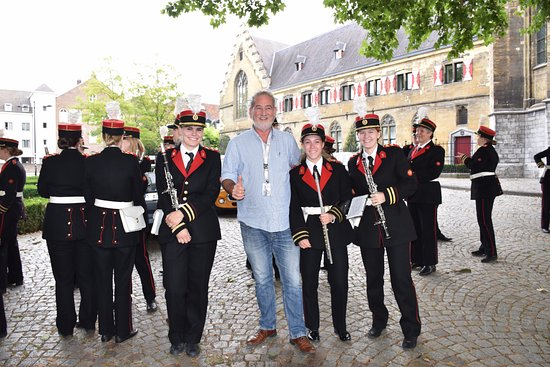 Kruisherenhotel Maastricht: עם תזמורת הצעידה בכניסה למלון
