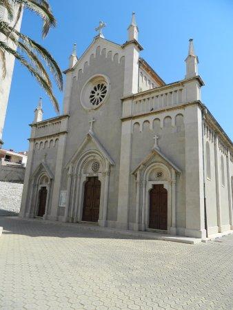 Kastel Novi, Hırvatistan: Župa sv. Petra apostola