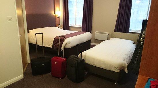 Premier Inn London County Hall Hotel: DSC_6324_large.jpg