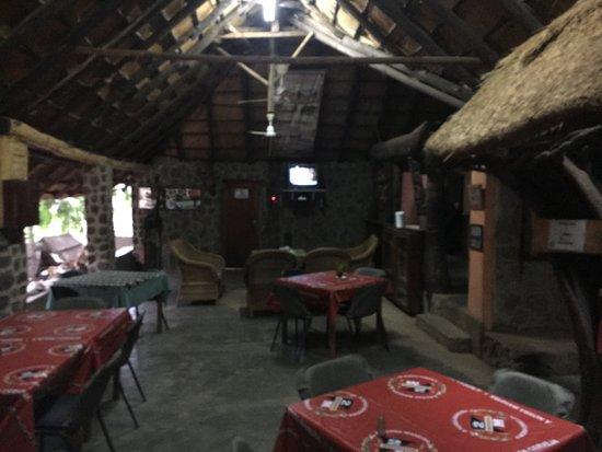 Songo, Mozambik: Bar and restaurant