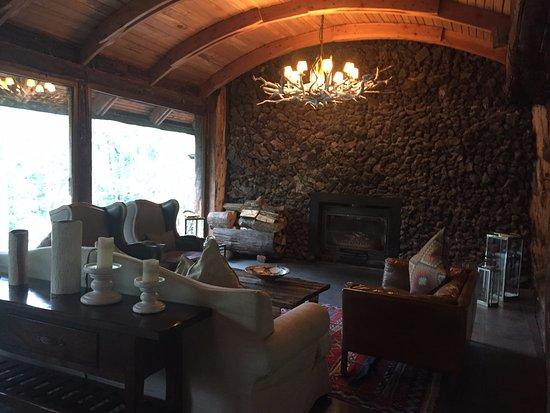 Huilo Huilo Montana Magica Lodge: Interni