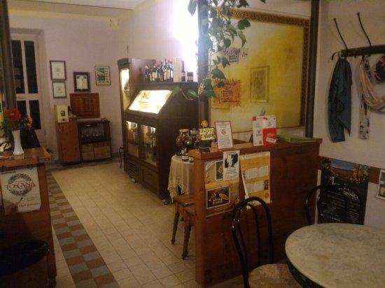 Roccalbegna, إيطاليا: Ottima anche la pizza. La mia preferita è la variopinta.