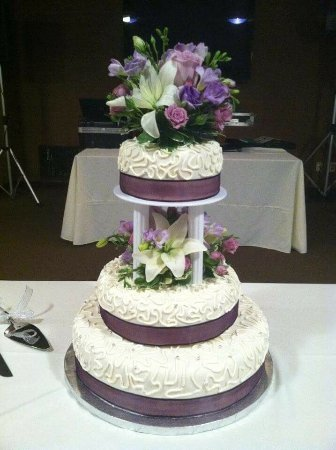 Red Bud, IL: Pastry Chef on Site
