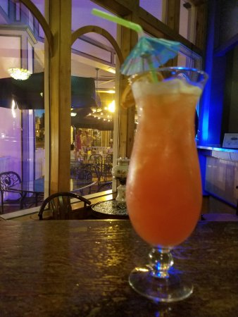 Red Bud, IL: Cocktails