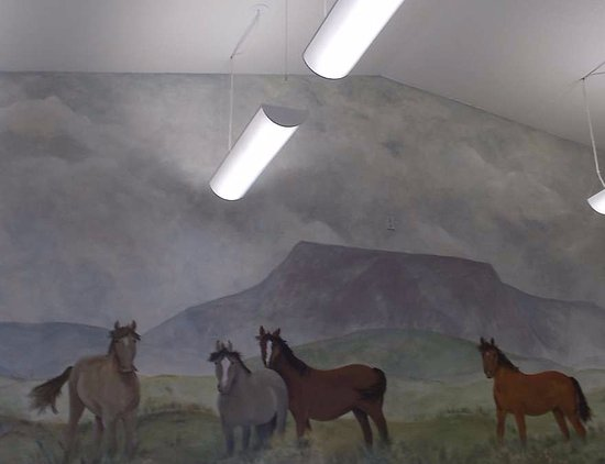 Bowman, ND: wall mural above the deli seating