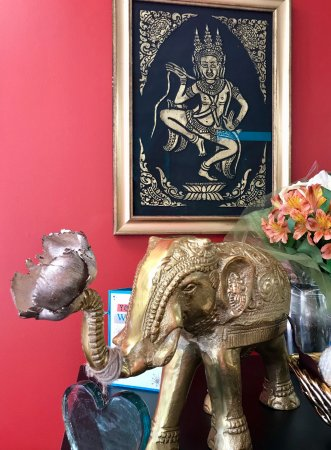 Westford, MA: Elephants are good luck in Thailand!