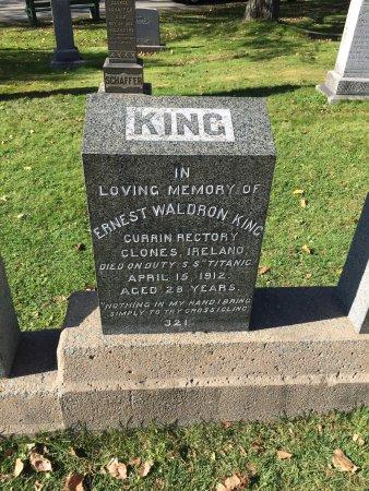 Fairview Lawn Cemetery: photo2.jpg