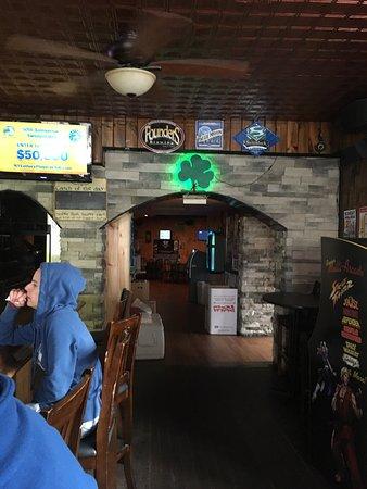 Utica bars clubs