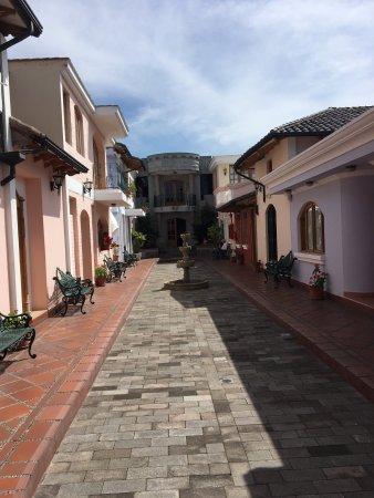 Hosteria Rincon de Puembo: photo2.jpg