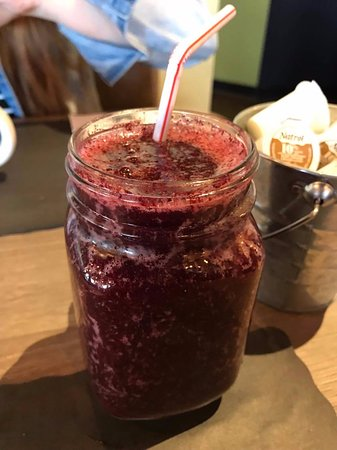 Saint-Fabien, Canada: Blueberry smoothies