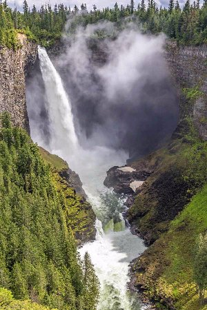 Helmcken Falls: Beautiful