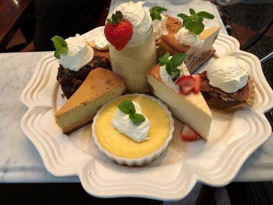 Pappadeaux Seafood Kitchen: photo0.jpg