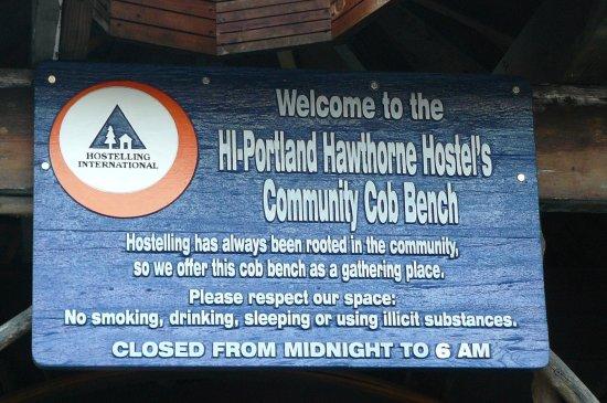 Hostelling International Portland Hawthorne Hostel Photo
