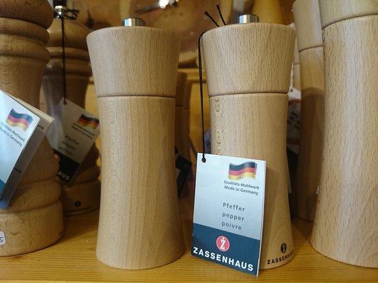 Bernau im Schwarzwald, Alemania: Spielwaren und Haushaltsartikel aus Holz