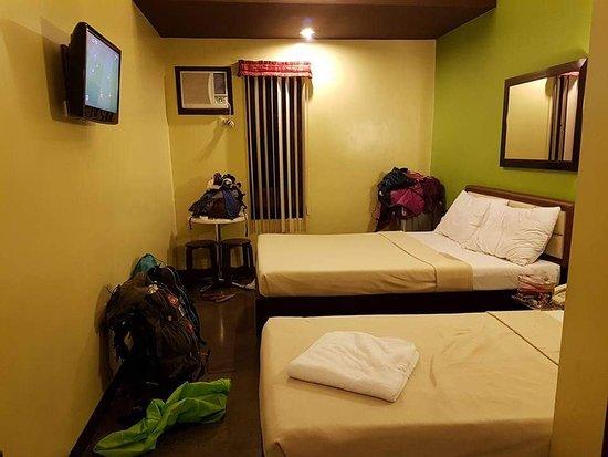 Express Inn - Mactan Hotel: FB_IMG_1509829553340_large.jpg