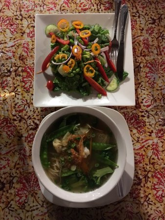 Pittsfield, MA: My wife and I shared Noodle soup with shrimp and a Malaysian salad