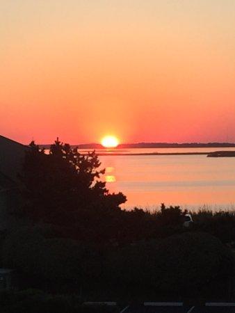Sanderling Resort: Sunset over Currituck Sound.
