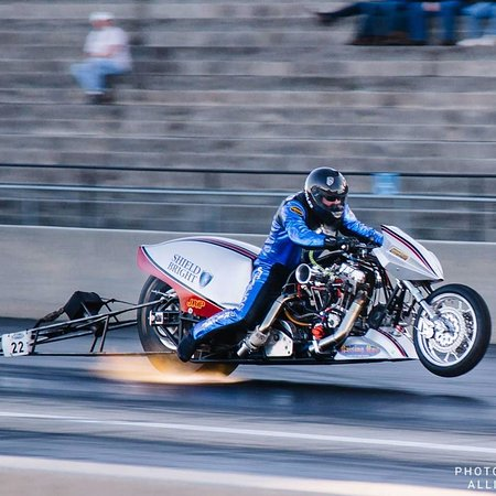 Rockingham Dragway: Top fuel drag bikes go FAST