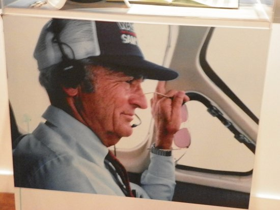 The Walmart Museum Sam Walton A Pilot Expand His Company By Delivering Many