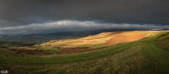 Creative Photography Wales: Brecons - finally the sun breaks through!