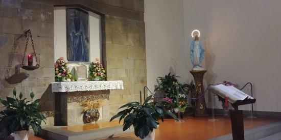 Chiesa Cattolica Parrocchiale B.V.M. Madre Delle Grazie All'Isolotto