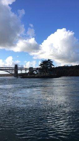 Menai Bridge, UK: photo1.jpg