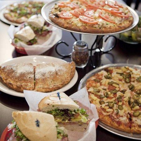 Ojai, Kalifornia: Pizza, Sandwiches and Calzones