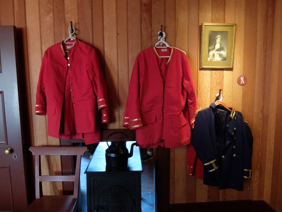 Fort Langley, Kanada: Dress uniforms
