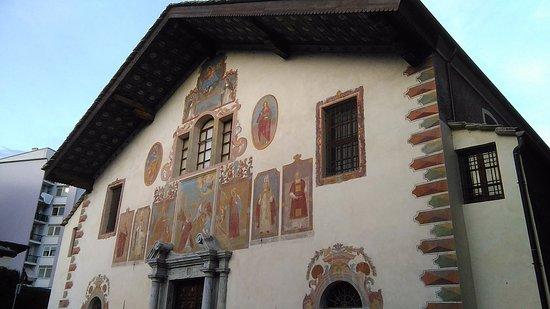 Αόστα, Ιταλία: Facciata Santo Stefano