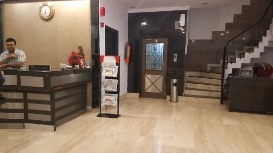 Hotel Grand Central: Lobby