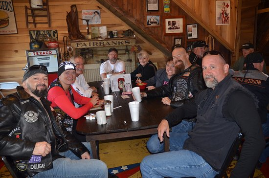Cornersville, TN: Our Harley Buddies We loved the place !