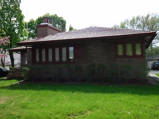 Frank lloyd wright american system built homes milwaukee for American home builders reviews