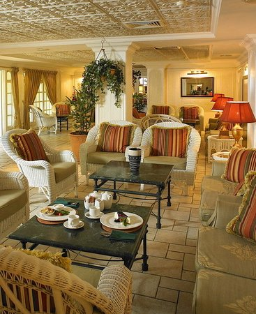 AVANI Gaborone Resort & Casino: Lounge