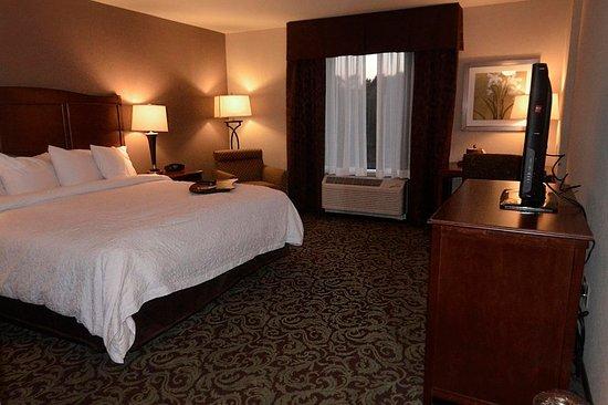 New Hartford, NY: Accessible King Room