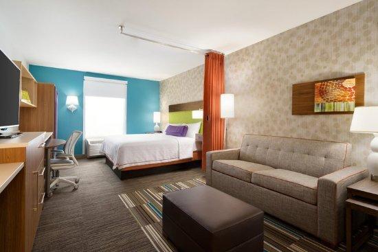 Home2 suites by hilton roanoke bewertungen fotos for Table 52 roanoke va