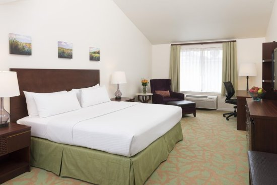 Campbell, CA: King Room with Whirlpool Spa