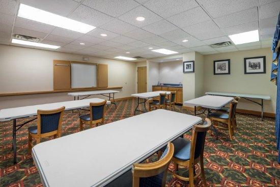 Max Meadows, VA: Meeting Room