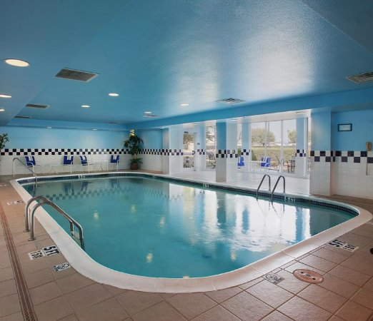 Hilton garden inn bentonville updated 2017 prices for Bentonville pool