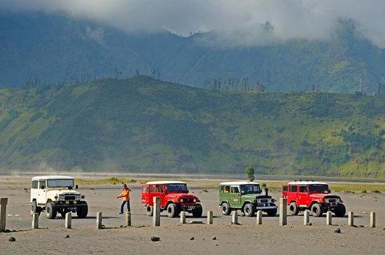 Private 10-Hour 4WD Bromo Volcano...