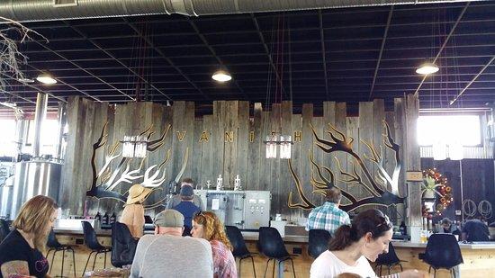 Leesburg, VA: Bar