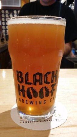 Leesburg, VA: Draft Beer - Black Hoof Logo Glass