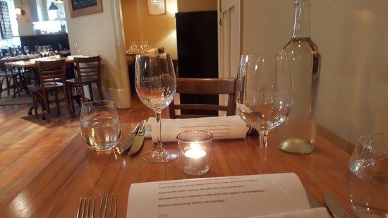 Hopgoods : Table setting