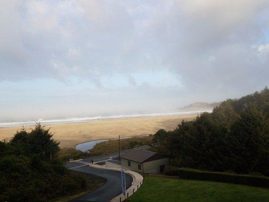 Best Western Agate Beach Inn: Ocean-view room