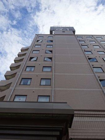Hotel Alpha-One Tsuruga : ホテルの外観
