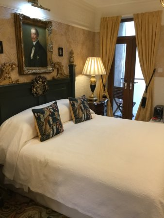 The Lonsdale Hotel: Edward suite bedroom