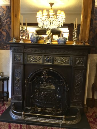 The Lonsdale Hotel: Edwardian Suite Fireplace